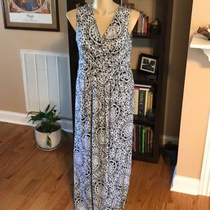 New Directions XL Maxi Dress Black & White